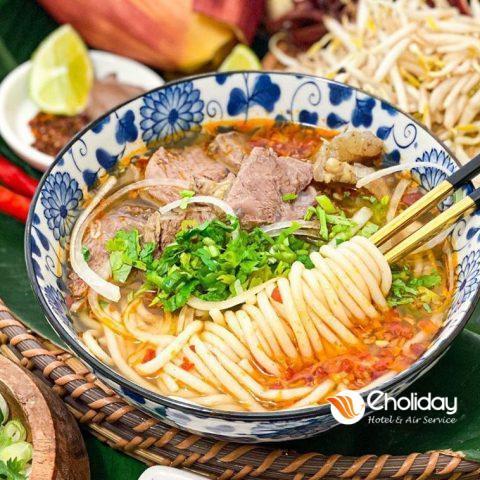 Den Hue An Gi Top 10 Mon Tuye Cu Meo Nhat Dinh Ban Phai Thu 3