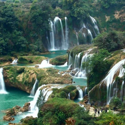 Hanh Trinh Kham Pha Ve Dep Tao Hoa Cua Hang Tien Sapa
